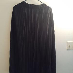Skirt black rufles